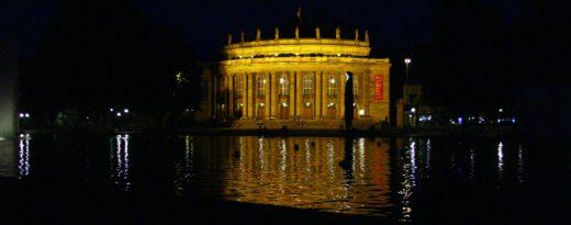 In der Region Stuttgart lässt es sich gut leben - www.DeinMetrolife.de #Stuttgart #Staatstheater #LebenInStuttgart